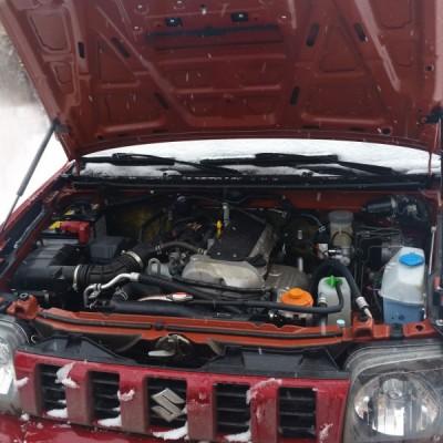 Амортизаторы капота Suzuki Jimny (рестайл с 2013-)